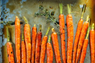 Whole-Roasted-Glazed-Carrots-620x413.jpg